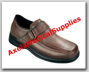 cf07494648 OrthoFeet Lincoln Center 587 Mens Diabetic Shoes Brown Leather Strap ...
